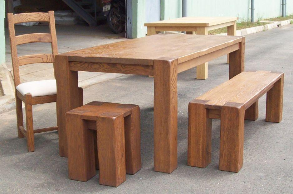 Round oak dining table and chairs best dining table ideas for Breakfast table with stools