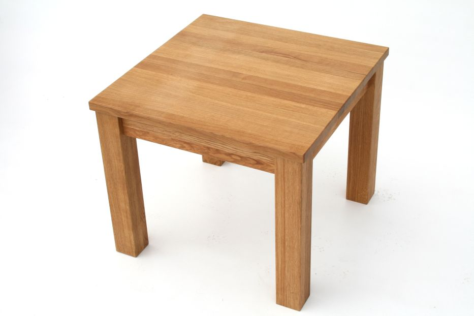 Oak coffee table solid oak coffee tables nest of tables for Coffee tables 80cm wide