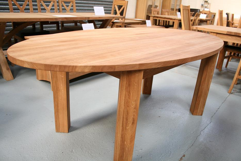 Round Dining Table Extending Round Oval Dining Table : Solid Oak Oval Dining Table 10 from www.oakdiningsets.co.uk size 934 x 623 jpeg 89kB